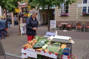 Frisches Gemüse und Blaubeeren aus eigener Ernte vom Hof Wieck